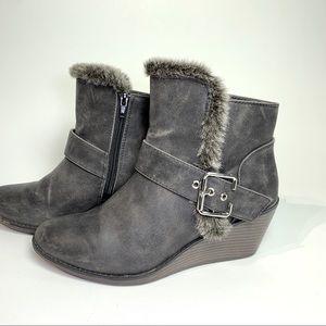 Rampage Women's Wedge Ankle Boots Faux Fur Sz 8.5